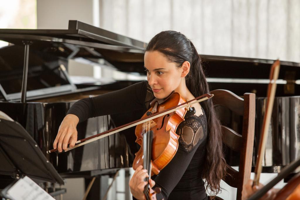 Reka Szabo, Viola, Scharwenka-Streichquartett
